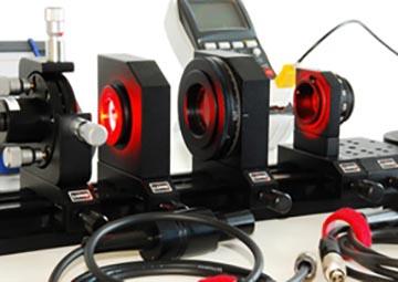 ازمایشگاه های تحقیقاتی لیزر-فوتونیک-اپتیک