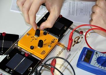 آزمایش انرژی های تجدید پذیر